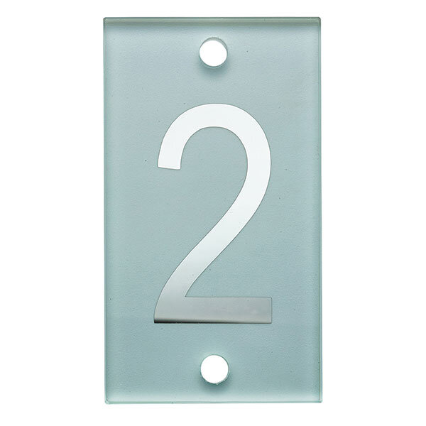 140mm-numeral-glass-number-stud-2-600px