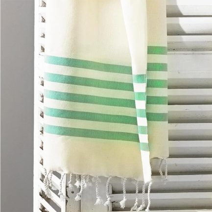 Milkcan-PTL22070-Sorento-green-natural-turkish-towel-close-800px