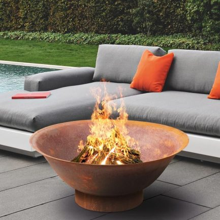Milkcan-Dakota-80CR-Fire-pits-outdoor-rust-steel-planter-bowl-main-800px