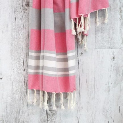 Milkcan-Clovelly-turkish-towel-pink-close-800px